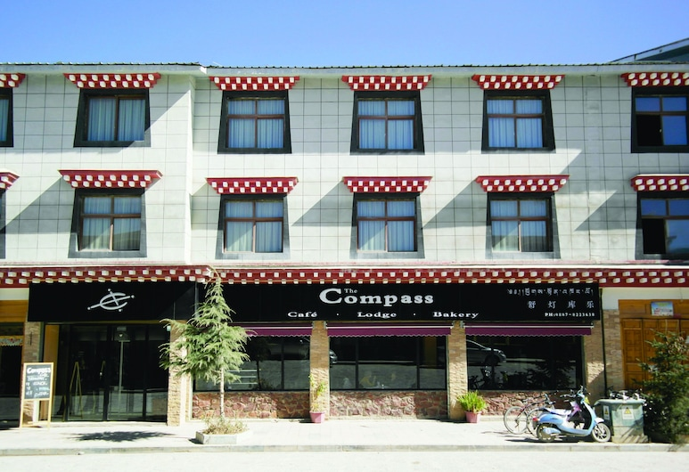 The Compass Hotel, Deqin