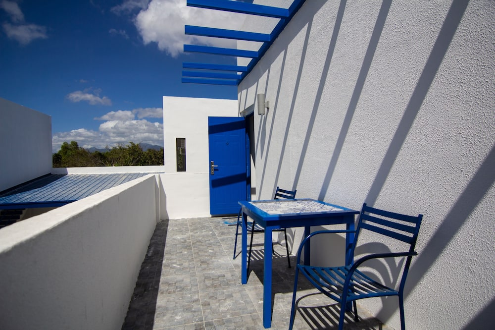 Family Deluxe with Balcony - Terrace/Patio