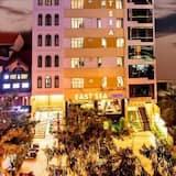 East Sea Hotel