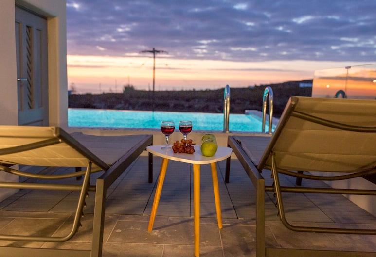 Maroussi Villas, Santorini, Villa, 2 habitaciones (Thalia), Bañera de hidromasaje al aire libre