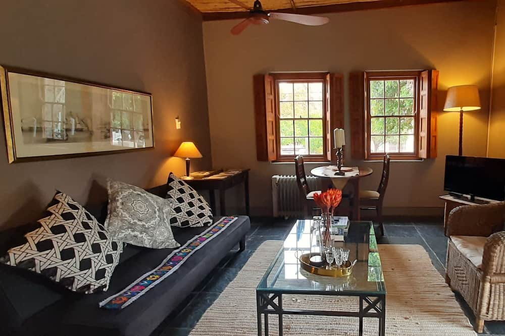 Family Cottage, 1 Bedroom - Bilik Rehat
