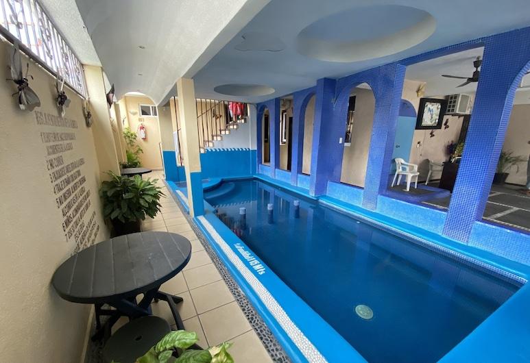 Hotel Mariposa, Zihuatanejo, Kolam Tertutup