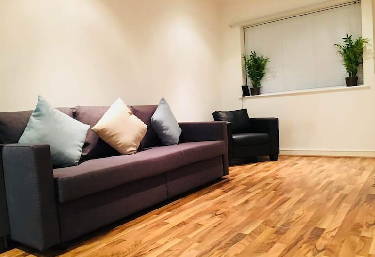 2bed 2bath apartment in kings cross, London, Apartment, Wohnzimmer
