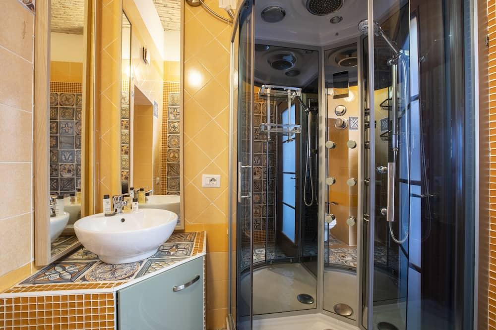 Deluxe-Suite, 3Schlafzimmer - Badezimmer