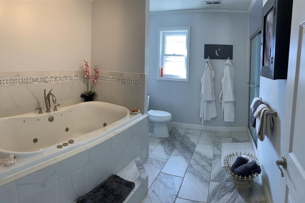 Phòng Grand - Phòng tắm