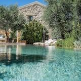 Family friendly Villa  near Sandy Beach Kalathas Chania Crete