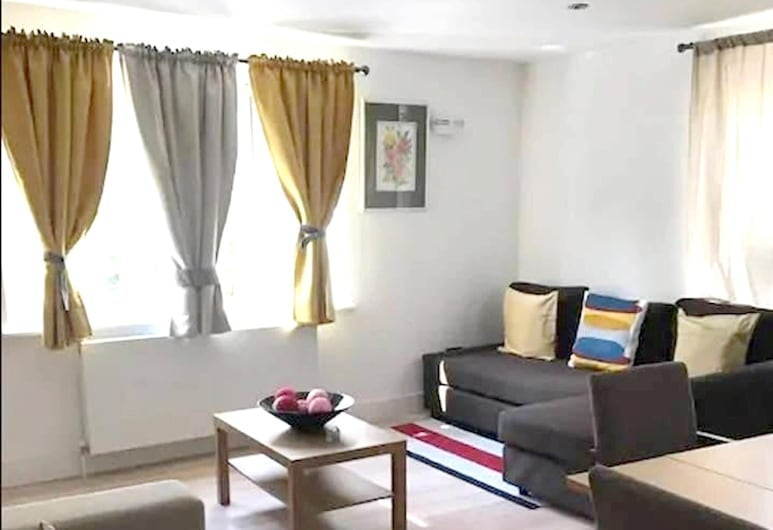 Apartment With 2 Bedrooms in Greater London, With Wonderful City View, Furnished Balcony and Wifi, London