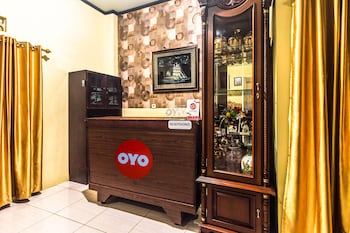 Picture of OYO 2165 Alyah Guest House Syariah in Ambon