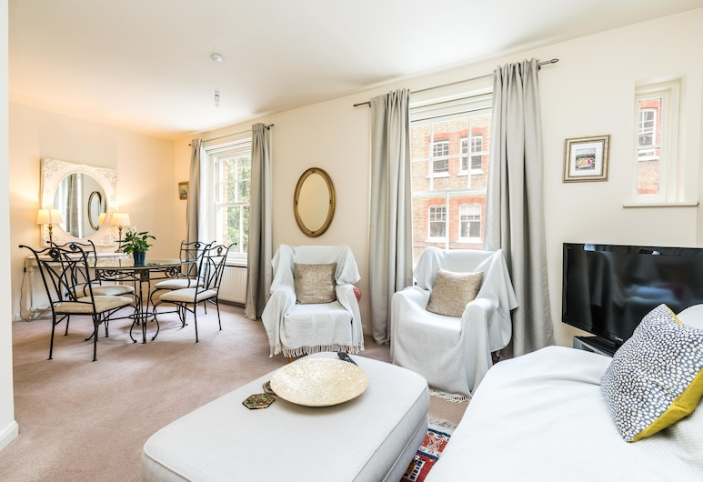 NEW Sleek 2BD Flat Oxford Street/soho/fitzrovia, London, Apartment (2 Bedrooms), Wohnbereich