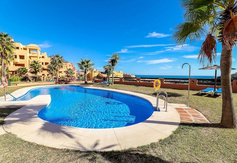 Coto Real Manilva - Paradise 2BR Apartment in Manilva, Sea Views, Pool, Manilva, Bassein