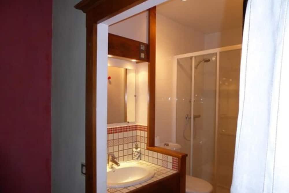 Triple Room (Framboise) - Bathroom