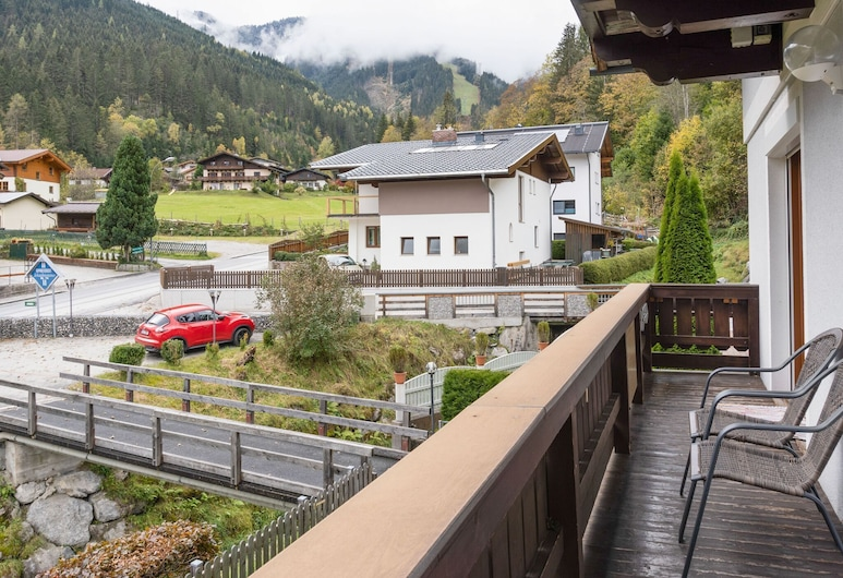 Charming Apartment in Zell am See With Mountain Views, Zell am See, Ban công