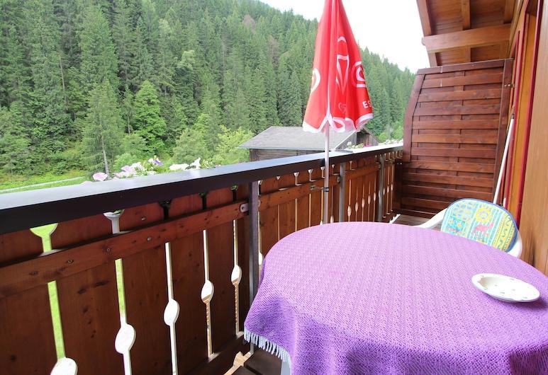 Cozy Apartment in Saalbach-hinterglemm Near Ski Area, Зальбах-Хинтерглем, Апартаменты, Балкон