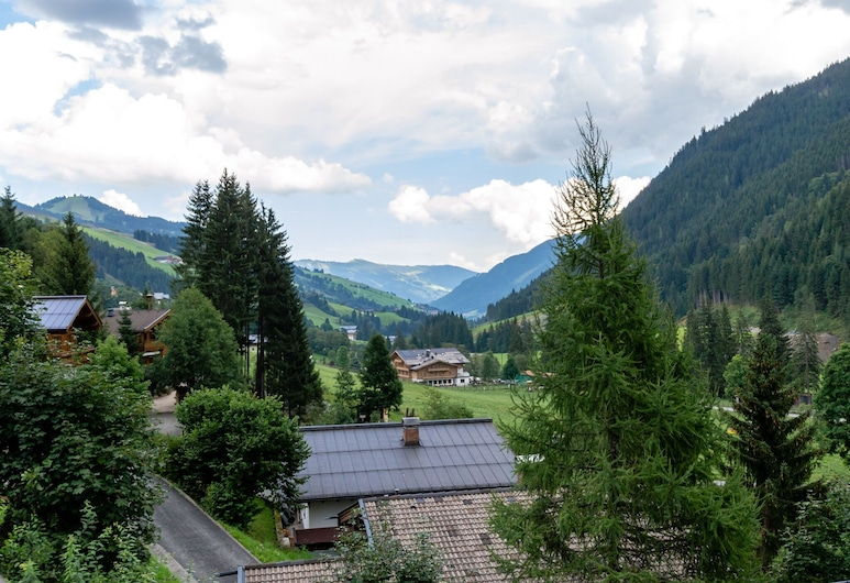 Boutique Apartment With Sauna in Saalbach-hinterglemm, Saalbach-Hinterglemm