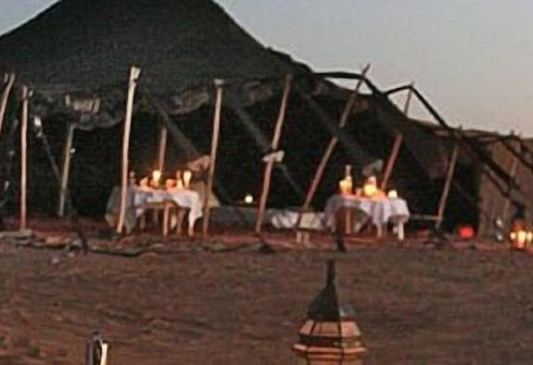 Tiwira camp, Taouz, Stan, Hosťovská izba