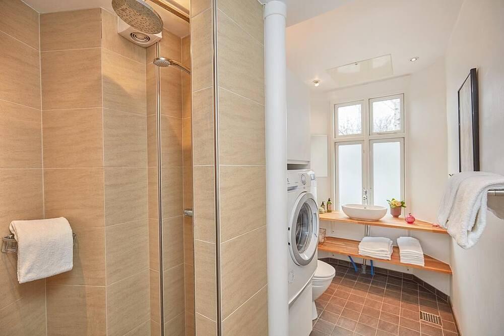 Comfort-huoneisto, 2 makuuhuonetta, Oma kylpyhuone - Kylpyhuone