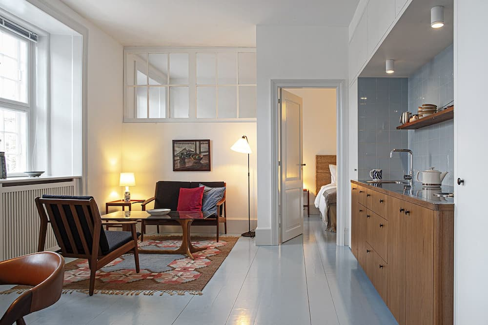 Apartment with kitchen - Living Area