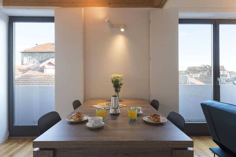 Lägenhet City - 1 sovrum - utsikt mot staden - Matservice på rummet