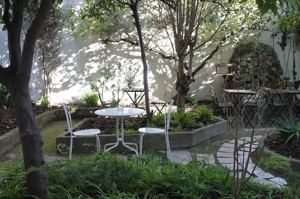 Családi lakosztály, 2 hálószobával - Kilátás a kertre