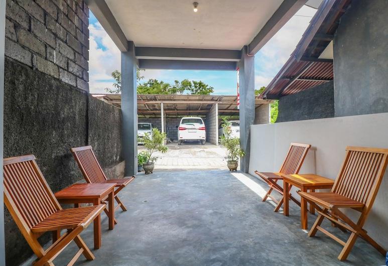OYO 2367 Kenanga Homestay, Nusa Dua, Lobby Sitting Area