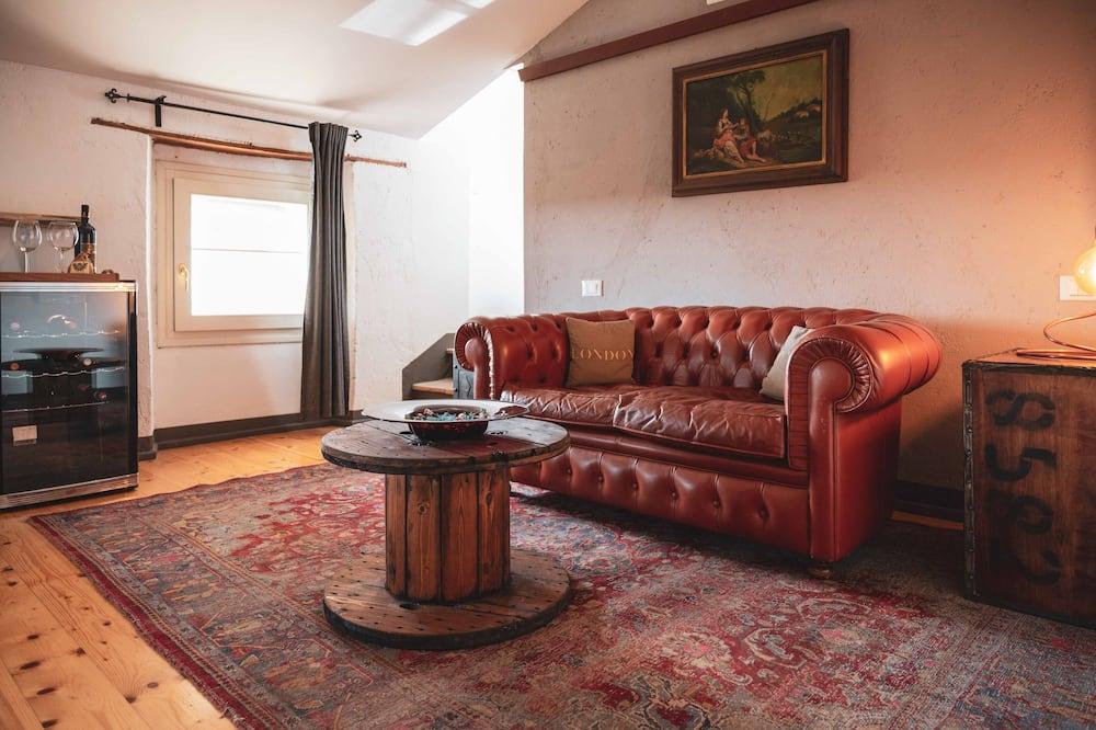 Студия-полулюкс - Зона гостиной