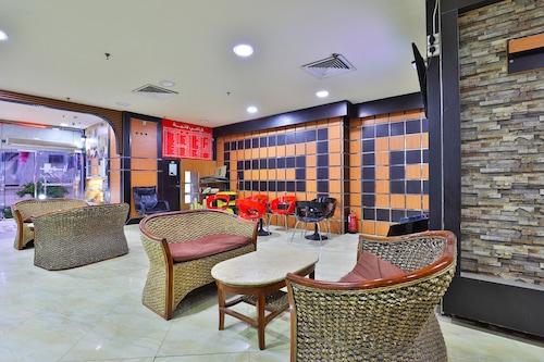 احجز أو واي أو 396 أبراج عالم الصالة الكبرى في جدة قارن أسعار الفنادق في جدة