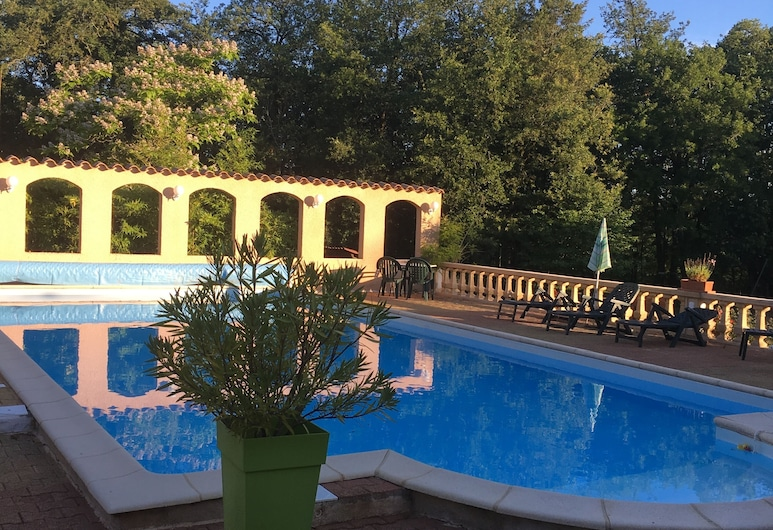 Le Clos des Dryades, Saint Géry-Vers, Alberca al aire libre