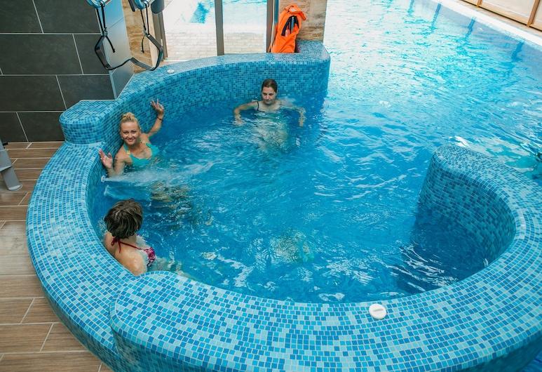 弗尼克斯醫療養生渡假村, 奇塔爾, 室內 SPA 浴池
