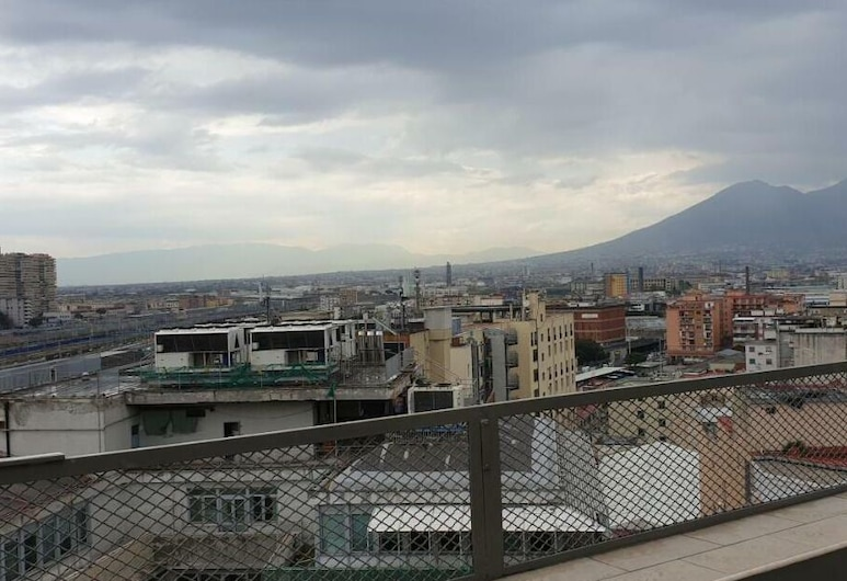 拿坡里屋頂民宿, 那不勒斯, 陽台