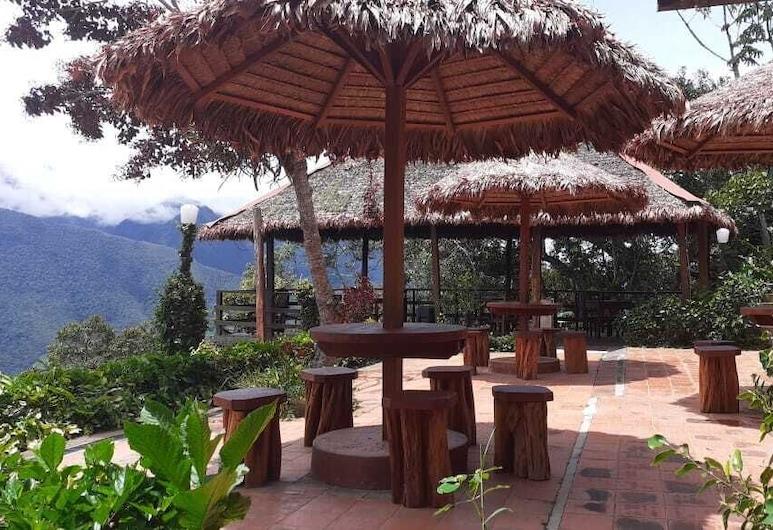 Hotel Esmeralda, Coroico, Terasz/udvar