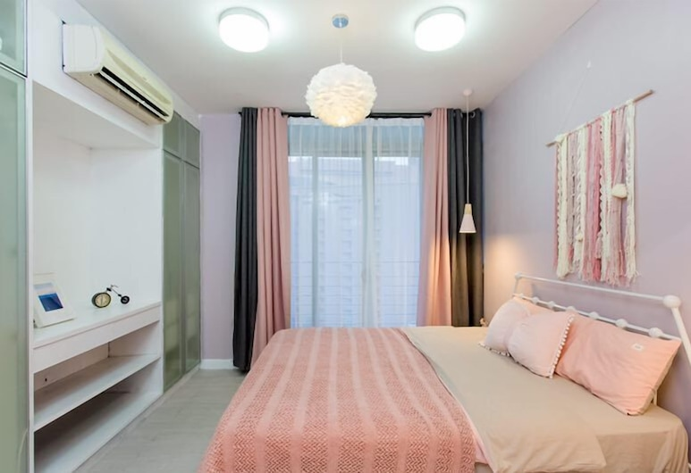 Taragon Residence City View Suite by AirPlan, Kuala Lumpur, Apartment, 3 Bedrooms (907), Guest Room
