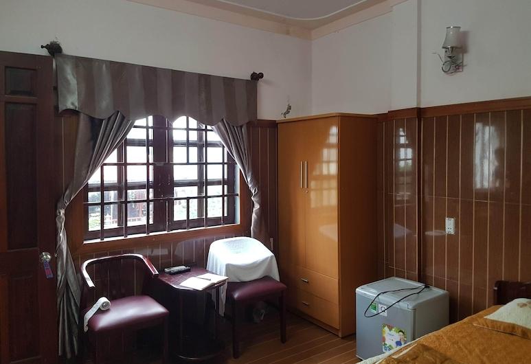 OYO 588 VI THAO VAN 1, Дананг, Улучшенный двухместный номер с 1 двуспальной кроватью, Вид из номера