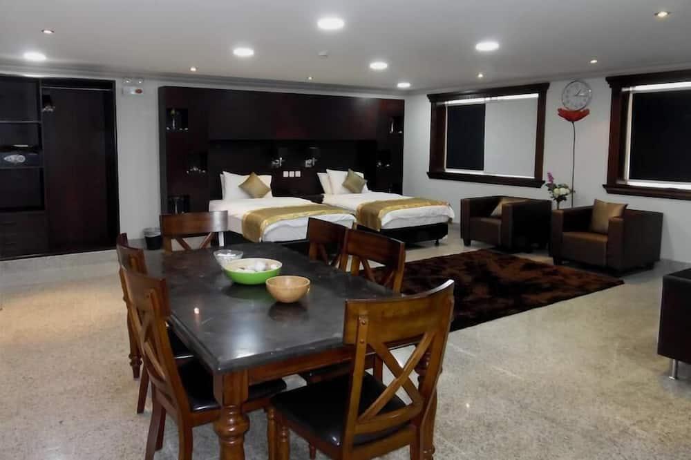 Suite superior - Servicio de comidas en la habitación
