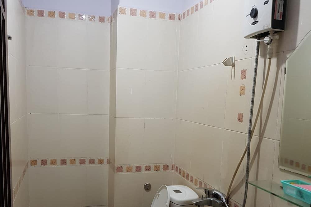 Superior Dört Kişilik Oda - Banyo