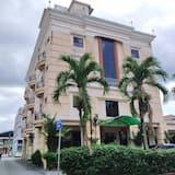 Desa Inn Hotel