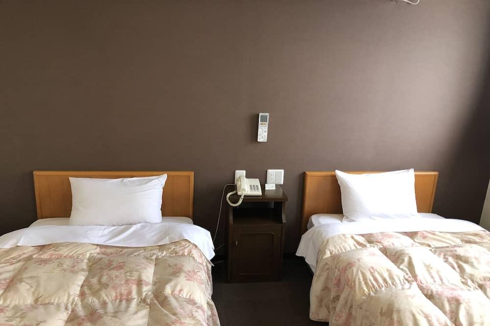 חדר טווין, למעשנים - חדר אורחים