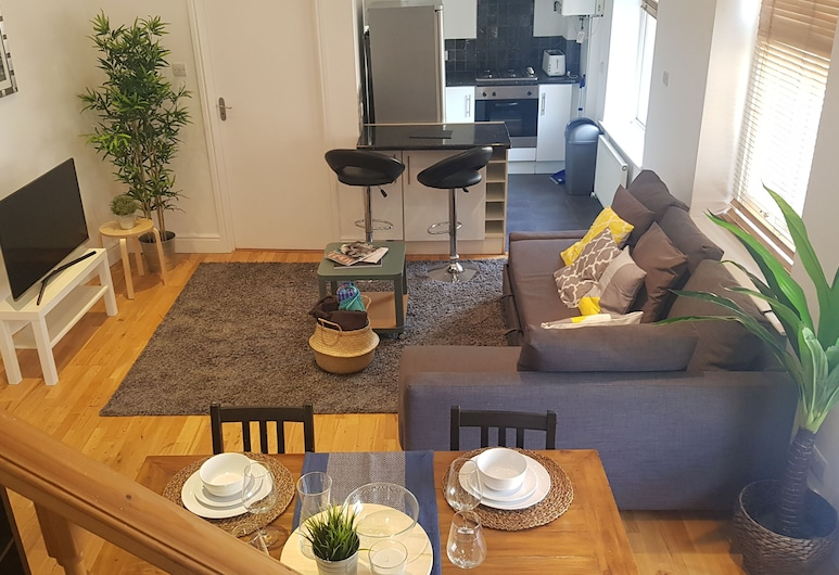 Spacious 3 Bed in the Heart of London, London, Siddeområde i lobby