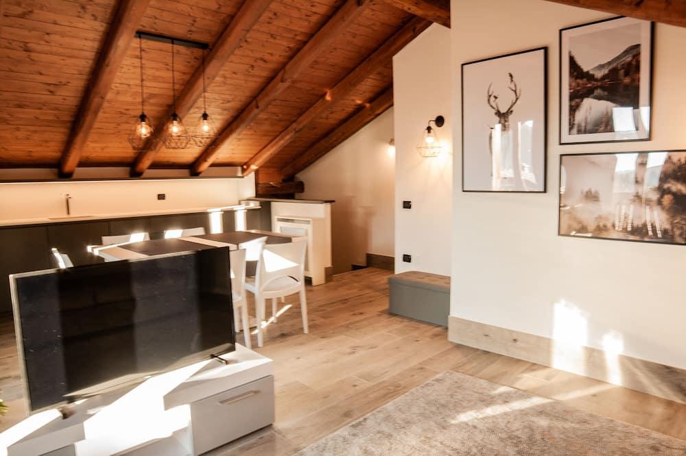 Luxury Apartment, 2 Bedrooms (Perla Grigia) - Living Area