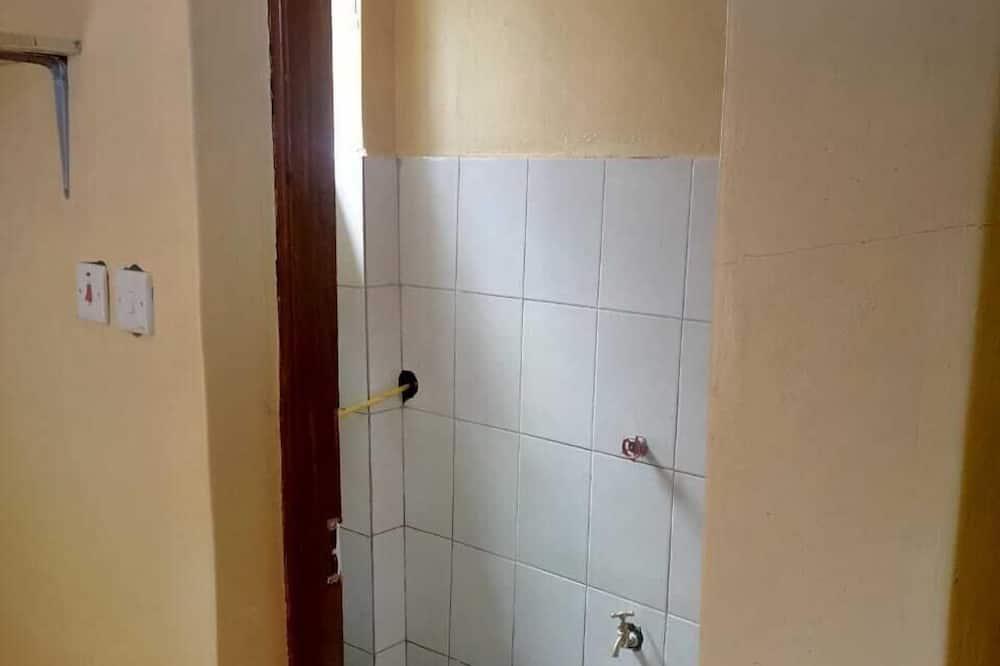 Basic Κρεβάτι Ξενώνα - Μπάνιο