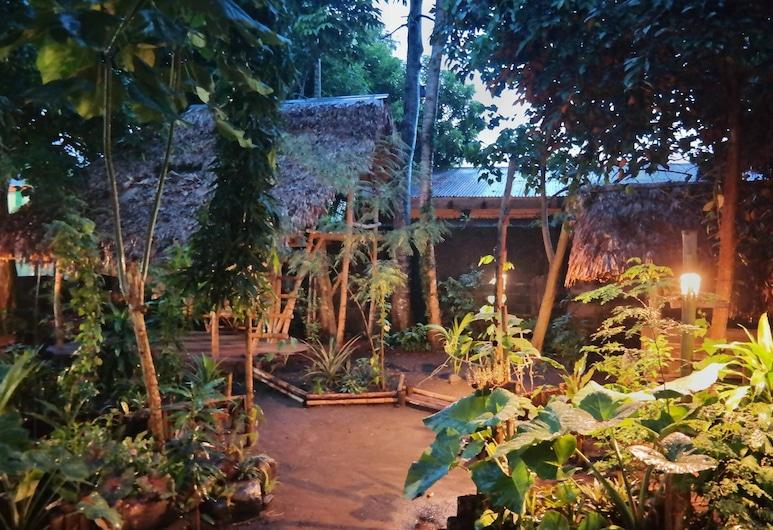 Dream-Big Eco Hostel, Legazpi, Jardin