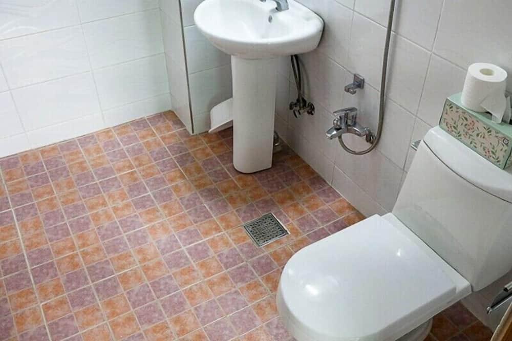 Byt typu Business, 2 spálne, nefajčiarska izba, kuchyňa (Jeong) - Kúpeľňa