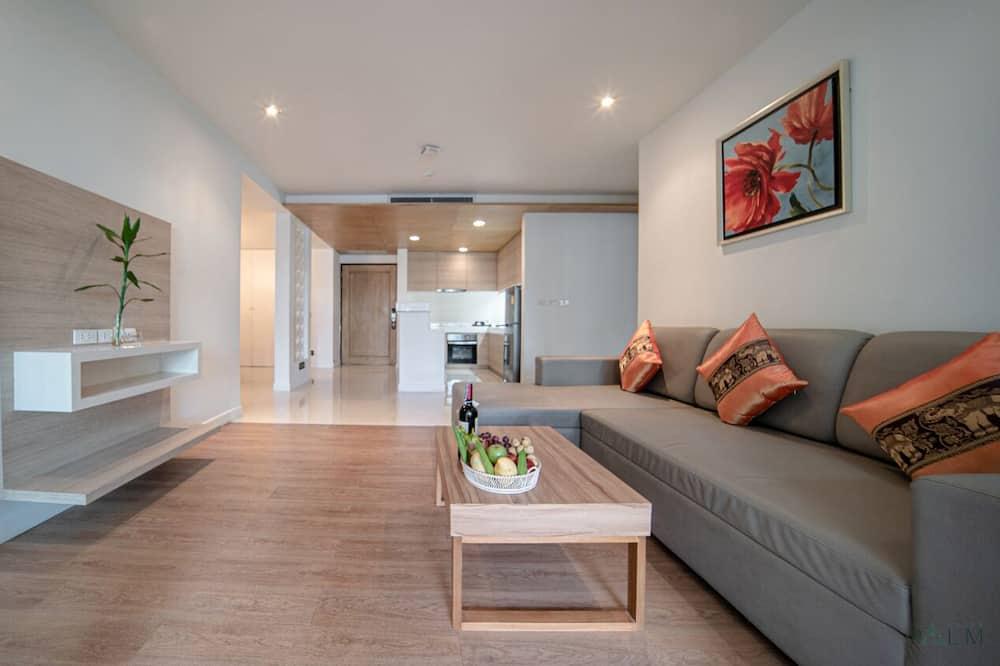 Exclusive-Doppelzimmer, 1 Schlafzimmer, Poolblick - Wohnbereich