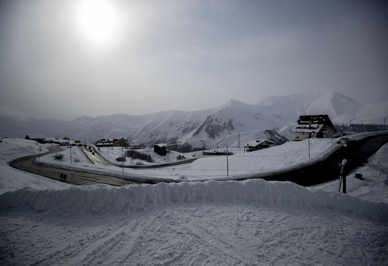 Snow Rooms, Kazbegi, Basic-værelse med 2 enkeltsenge, Bjergudsigt