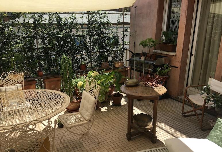 Aausgud, Ravenna, Terrace/Patio