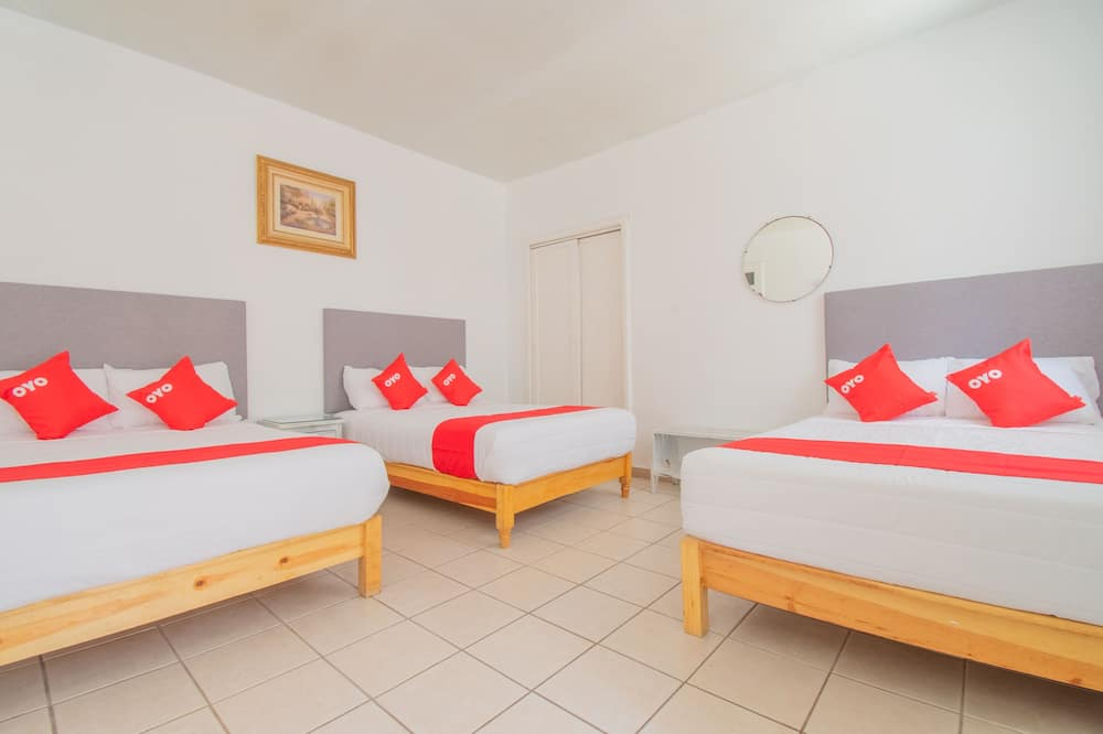 Standard Quadruple Room - Bilik Tamu