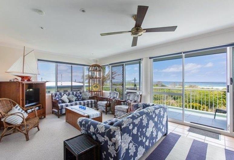Home Away From Home With Sweeping Ocean Views - Unit 12, 60 Peregian Esplanade, Peregian Beach, Living Room