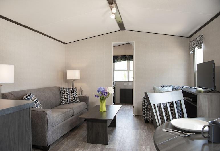 Great Blue Resorts - Woodland Estate, Trent Hills, Standard házikó, több hálószobával, Nappali rész