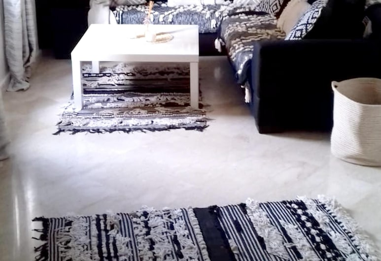 Apartment With 2 Bedrooms in Casablanca, With Wifi - 3 km From the Beach, Casablanca, Elutuba