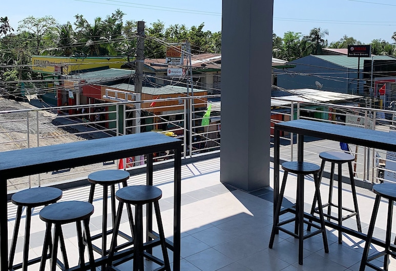 Apo Reef Travellers Hotel, Sablayan, Living Area