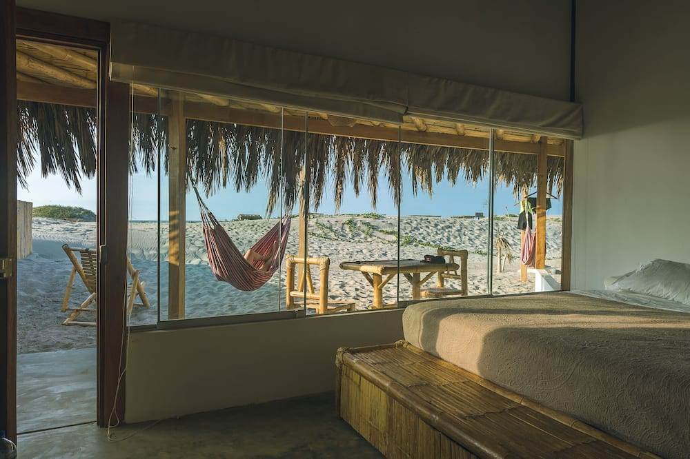 Panoramic Room, 1 King Bed - Guest Room